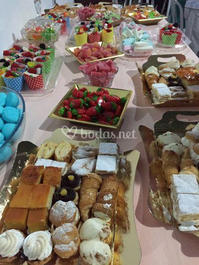 Buffet de gominolas+pasteles