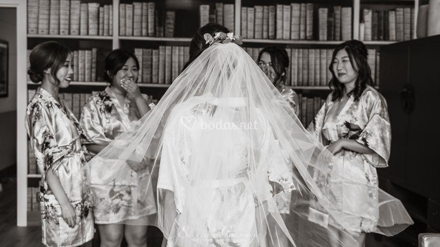 Vestido novia, ramo novia