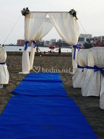 Detalles florales boda en la playa