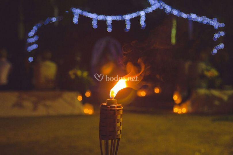 Detalles de boda de noche