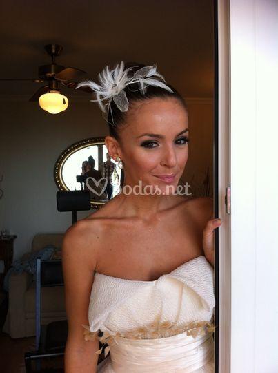 La novia maquillada.