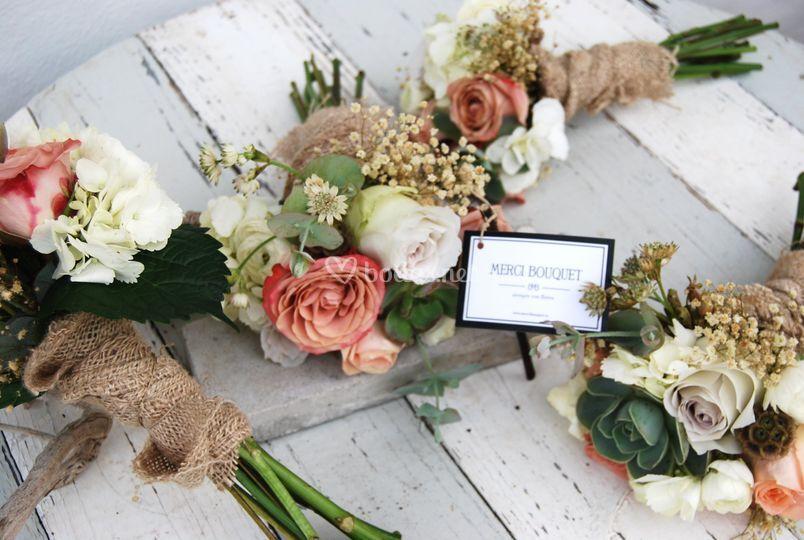 Mini bouquets damas