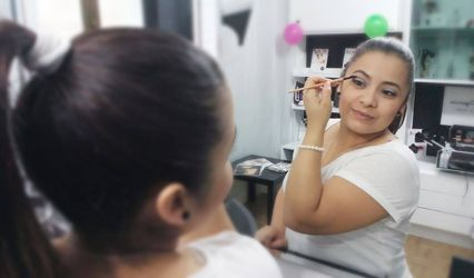 Ivonne Make Up Studio 1