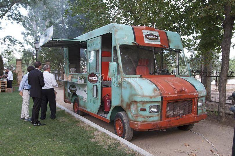 Food truck de carne a la brasa