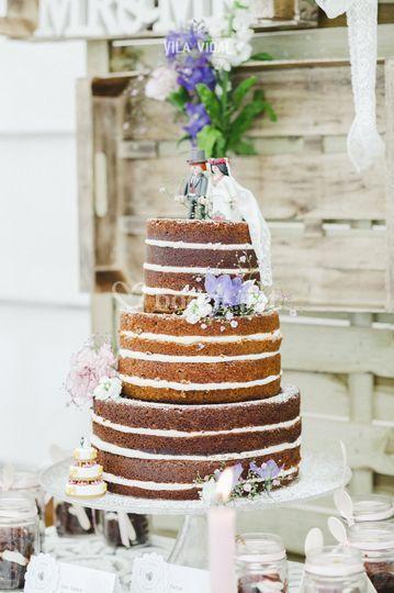 Tarta estilo Naked Cake
