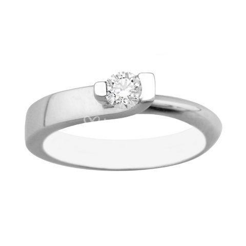 Oro blanco y diamante