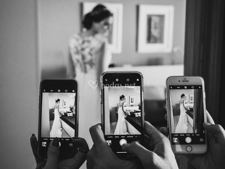 Los móviles en las bodas
