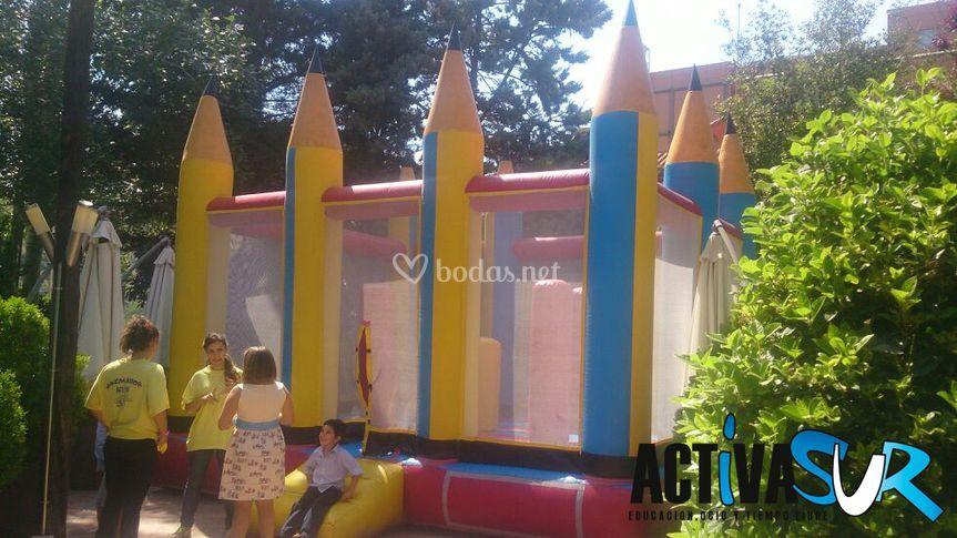 Castillo de lápices