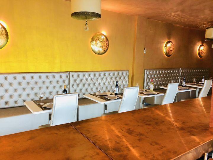 Nuestro Café-Bar & Lounge