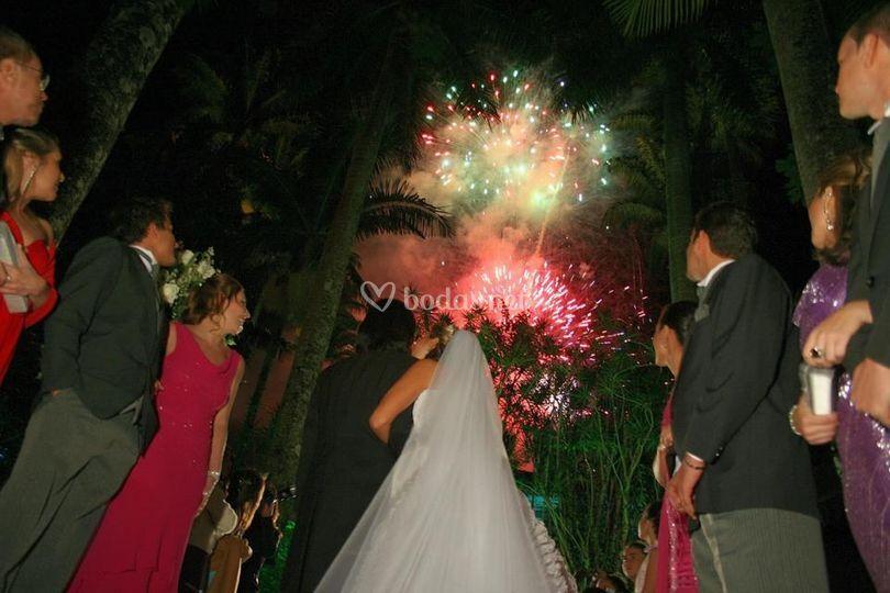 Pirotecnia en bodas