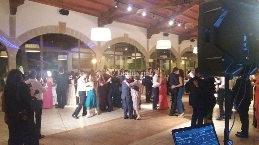 Baile monjardin