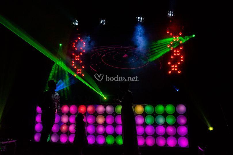 Iluminación y efectos discotec