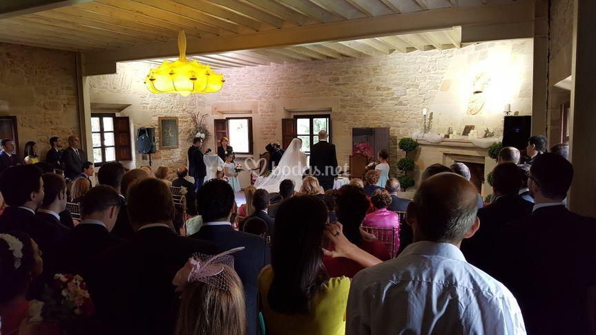Ceremonia en el interior
