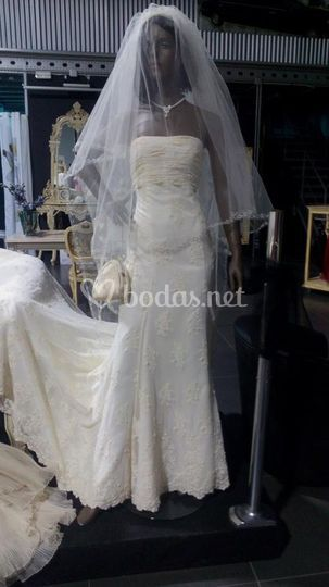 glamour & prestige novias