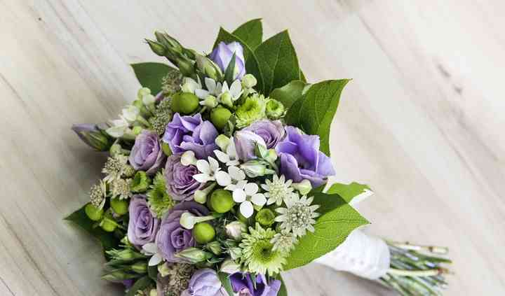 Bouquet violeta