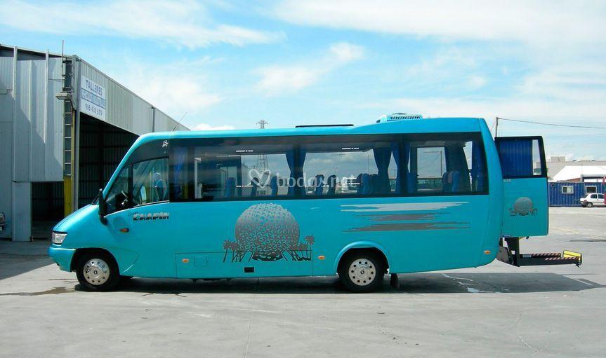 Minibus adaptado