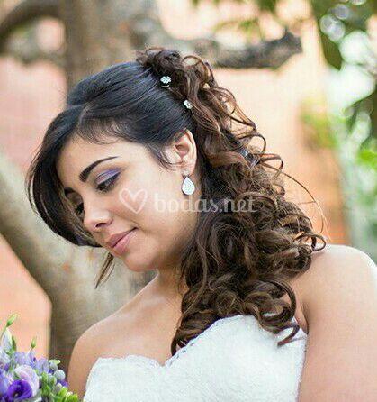 Semi-recogido novia