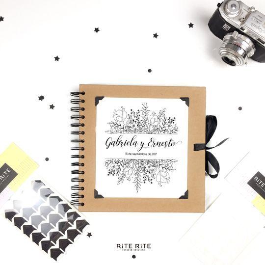 Álbum de fotos / libro de firmas