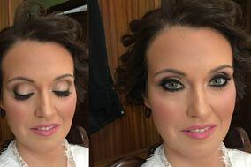 Alejandra Echevarría Makeup