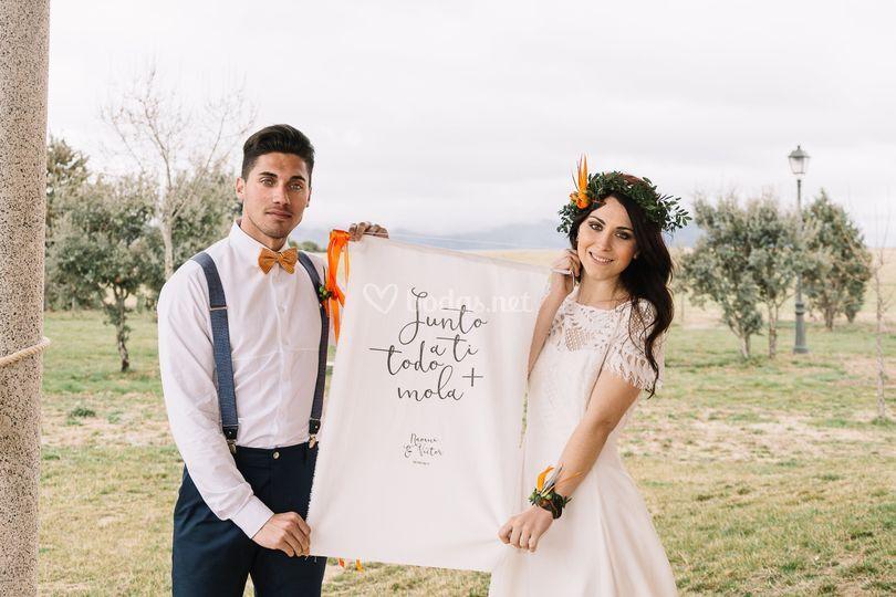 Cartel tela boda naranja