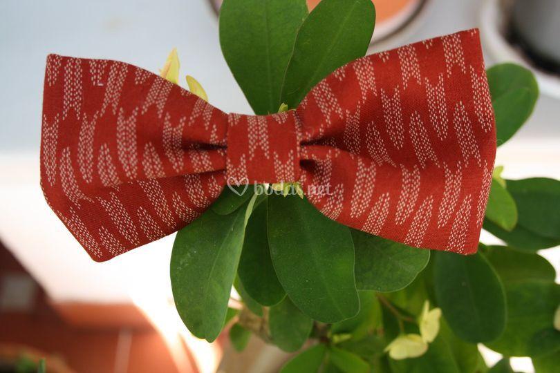 Pajarita en tejido japonés