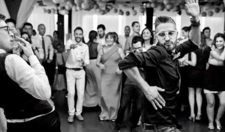 Bailando con los novios