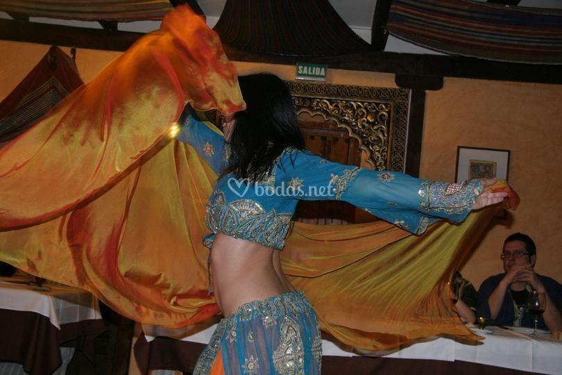Bailarina boda mozárabe