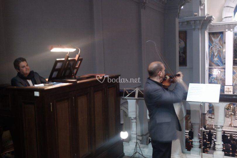 Organo y violín
