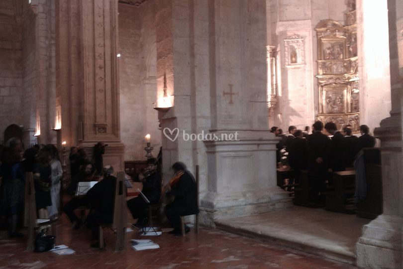 Cuarteto de cuerdas con soprano boda religiosa