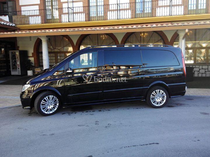 Mercedes Viano Exclusive