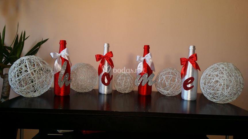 Botellas y esferas