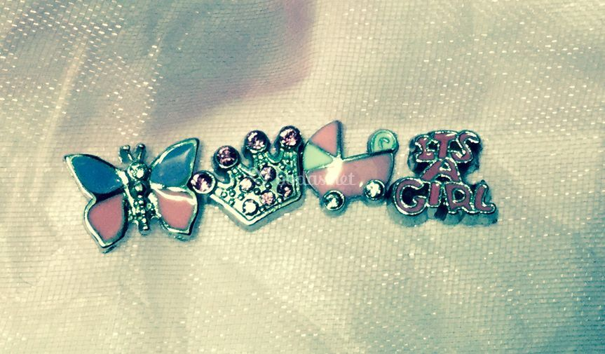 Charms pink