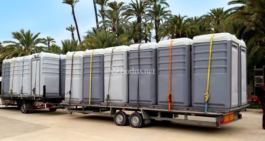 Transporte de cabinas WC móviles