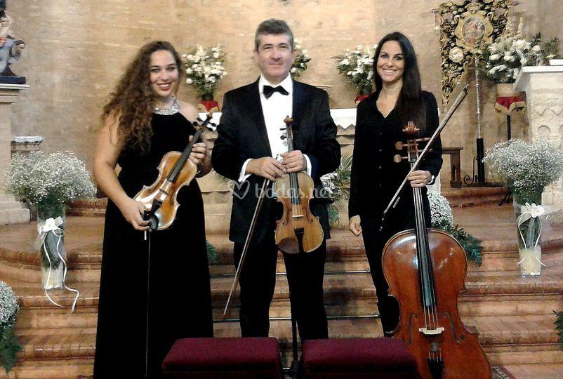 Trio 2 violines y chelo Huelva