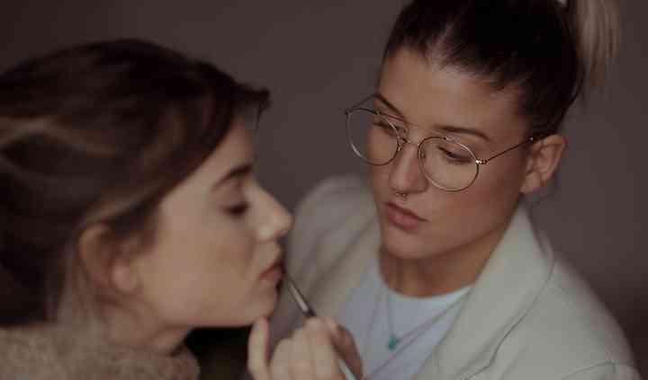 Erika G. Make Up