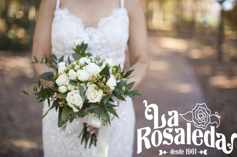 Novia Rosas blancas