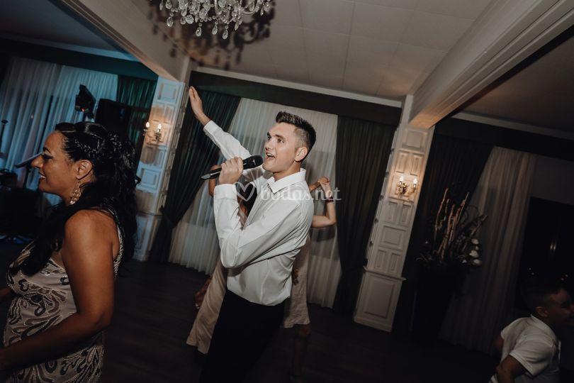 Animando el baile