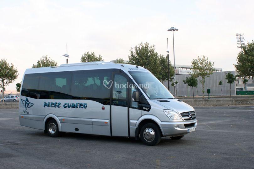 Microbús de 20 plazas