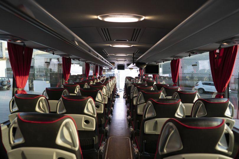 Interior bus 55 Plazas