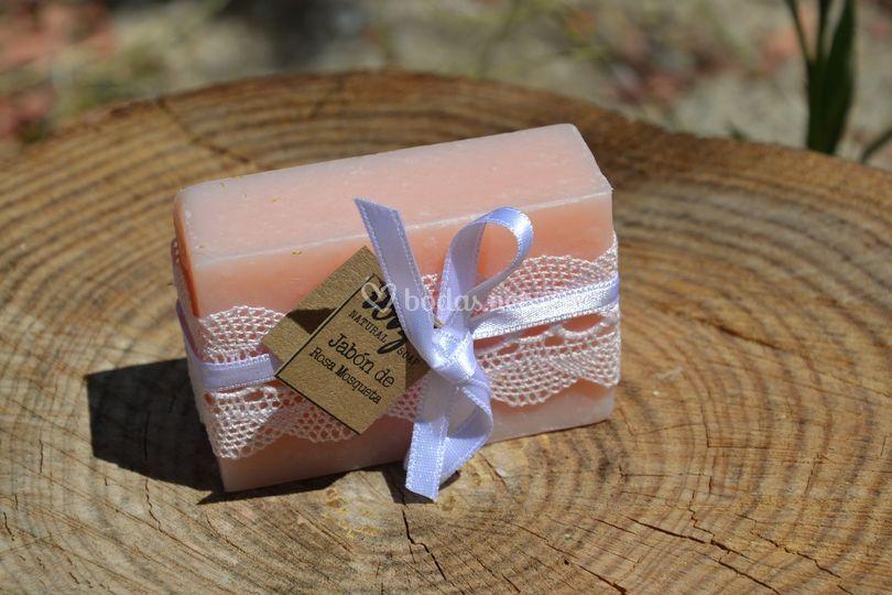 Detalle jabón rosa mosqueta
