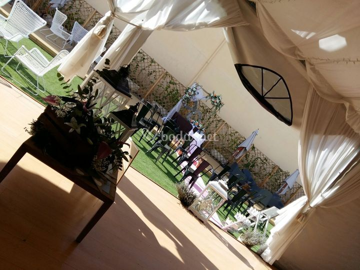 Carpa en boda chill out