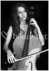 Sheila Cañibano, cello