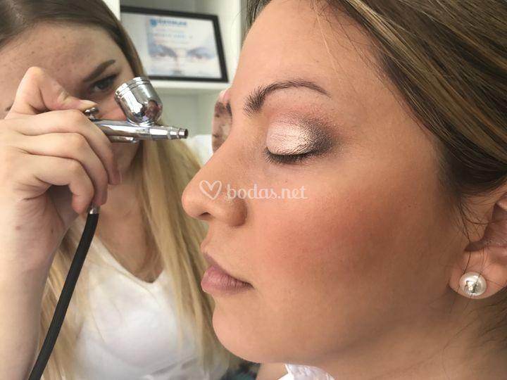 Maquillaje en aerógrafo