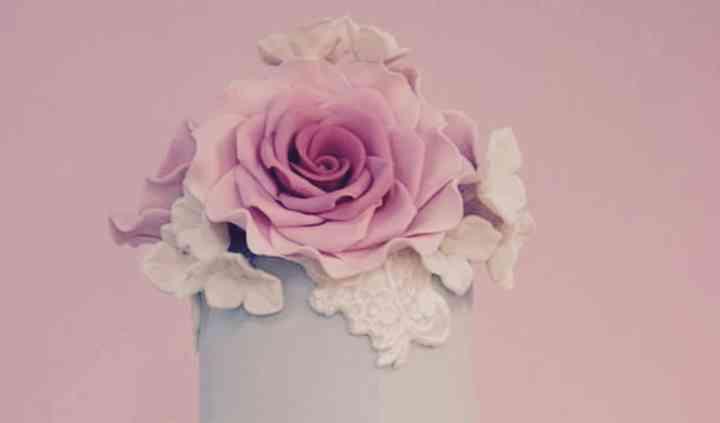 Tarta y rosas