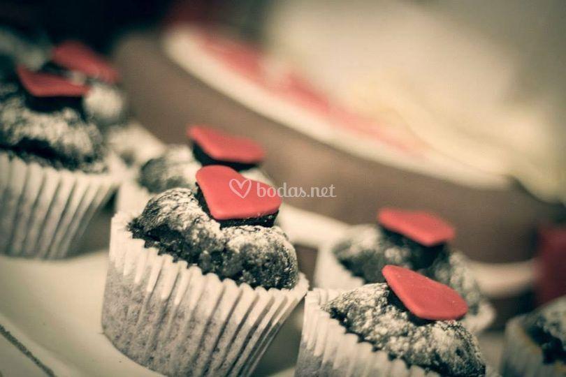 Cupcakes de chocolate rellenos de dulce de leche