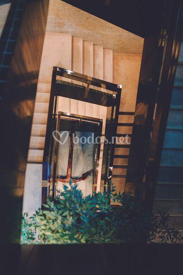 Detalle escaleras acceso