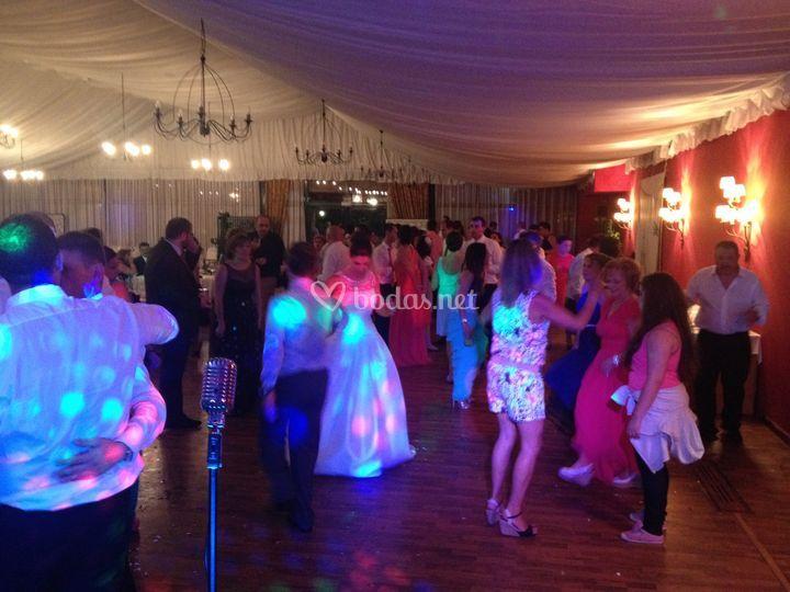 Que no Pare El Baile