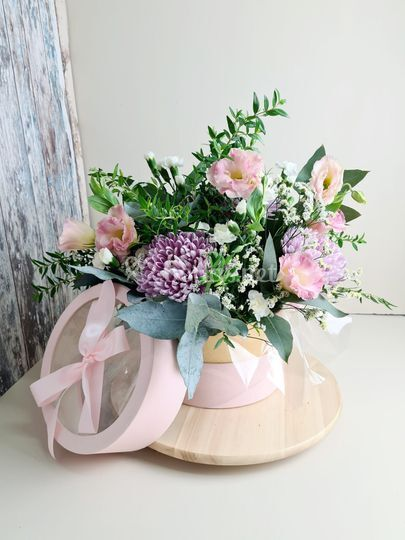 Cajita de flores lazo.