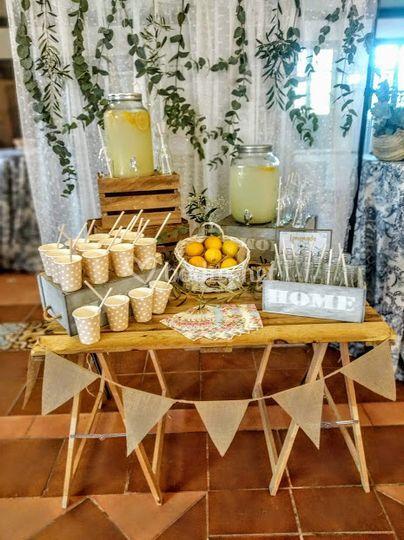 Mesa limonada.