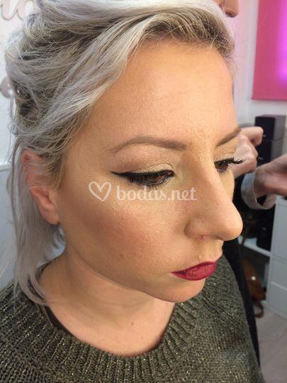 Makeup, eyeliner